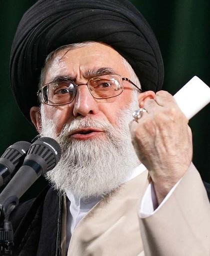 Khamenei-defiant-about-nuclear-iran