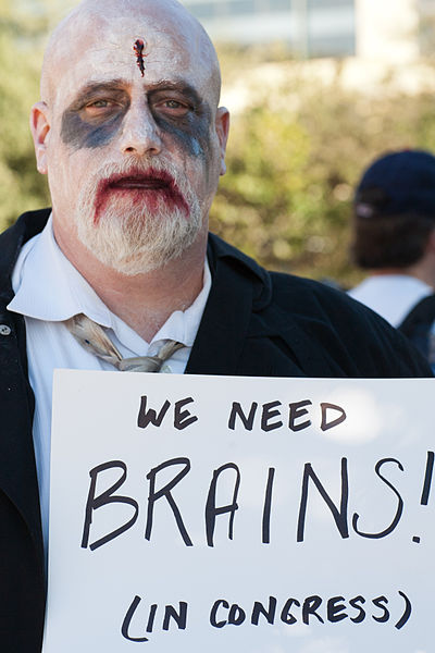 Zombie economists bring on US 2016 recession. (Photo by Charlie Llewellin (Flickr: Occupy Austin) [CC BY-SA 2.0 (http://creativecommons.org/licenses/by-sa/2.0)], via Wikimedia Commons)